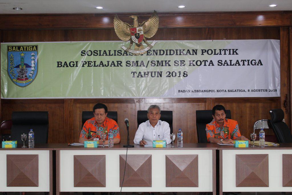 SOSIALISASI PENDIDIKAN POLITIK BAGI PELAJAR SMA/SMK SE KOTA SALATIGA